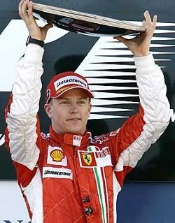 La Ferrari di Raikkonen vince il Gp d'Australia. Anzi lo stravince... La formula 1 2007 inizia bene per il rosso italiano.