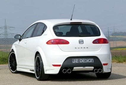 Seat Leon Ecomotive: nuovo modello in tre versioni Reference, Stylance e Sport Limited. Consumi minori, meno inquinante e prestazioni migliorate. Foto ufficiali.