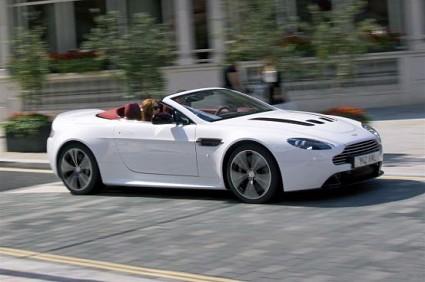 Aston Martin V12 Vantage Roadster: la scoperta pi?? potente