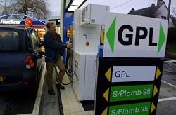 Auto a Gpl: vendite in aumento nel 2012