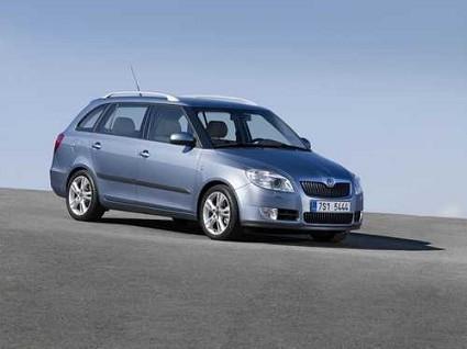 Scegliere e acquistare una station wagon di segmento B: confronto fra gli unici modelli attualmente in vendita ovvero Skoda Fabia Wagon, Peugeot 207 SW Outdoor e Renault Clio SporTour