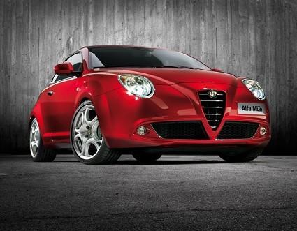 Prova nuova Alfa Romeo MiTo. Test drive della vettura pi?? attesa dell?ÇÖanno sportiva, scattante, potente e sempre raffinata.