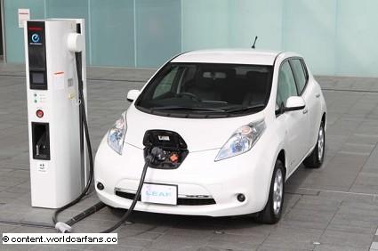Nuova Nissan Leaf 2013: prezzo offerta speciale novembre