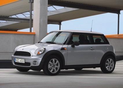 Auto elettriche: Mini e Smart entro il 2010. Caratteristiche tecniche delle versioni che si ricaricheranno dalla normale presa di corrente