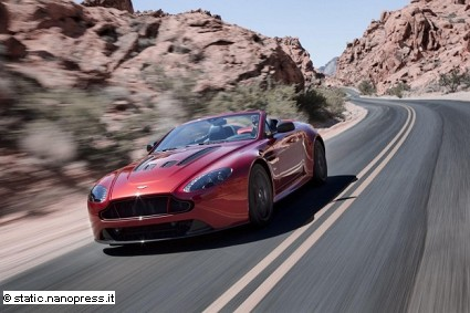 Aston Martin V12 Vantage S Roadster: motori, caratteristiche tecniche e motori