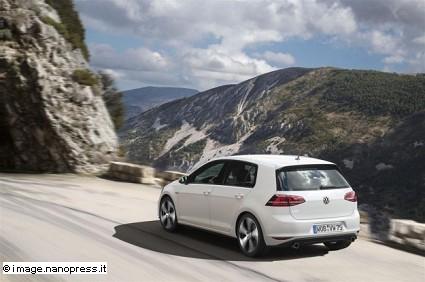 Volkswagen Golf 5 porte: boom per la promozione di vendita dell?ÇÖauto. Cosa prevede