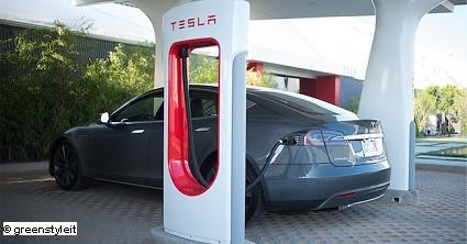 La Tesla Model S si aggiudica le 5 Stelle Euro NCAP. Continua il successo della berlina elettrica