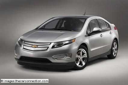 Nuova Chevrolet Volt 2015 presentata al Salone di Detroit: novità, motori e dotazioni