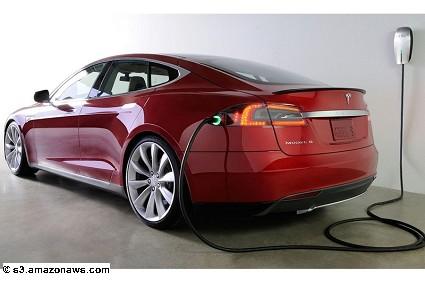Tesla si prepara a lanciare sul mercato una nuova generazione di batterie elettriche: il nuovo progetto