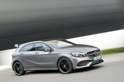 Mercedes Classe A 2016: motori e prezzi dell'amata vettura dal design rinnovato