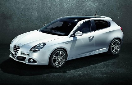 Salone di Ginevra 2016: in arrivo la nuova Alfa Romeo Giulia. Come sarà? Anticipazioni