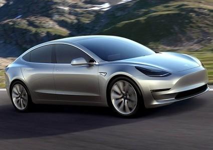 Tesla Model 3: boom di ordini in soli tre giorni. La versione definitiva arriver?á nel 2017. Caratteristiche tecniche