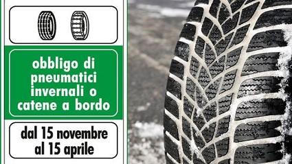 Obbligo pneumatici invernali al via da oggi 15 novembre. Cosa deono fare gli automobilisti