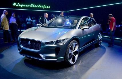 Jaguar I-Pace: innovativo Suv elettrico al Salone di Los Angeles 2016. Come sar?á