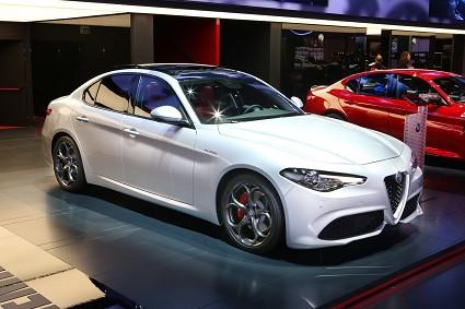 Alfa Romeo Giulia Veloce pronta ad arrivare nelle concessionarie: design, motori e prestazioni