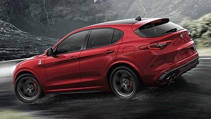 Alfa Romeo Stelvio con nuove motorizzazioni: nuove unit?á benzina e diesel. Prestazioni e prezzi