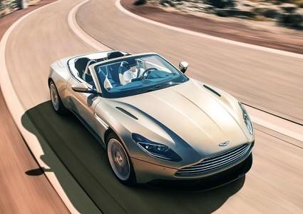 Nuova DB11 Volante Aston Martin tra potenza ed eleganza su strada: design, motori e prezzi