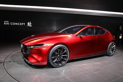 Mazda Kai al Salone di Tokyo 2017 che anticipa la nuova Mazda 3 2019: caratteristiche tecniche