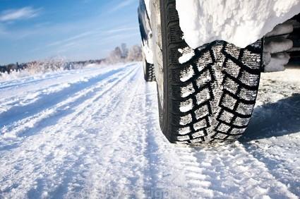Pneumatici invernali: da mercoled?¼ 15 novembre obbligo di dotazione. Sanzioni previste