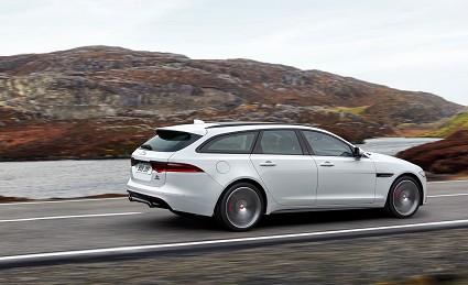 Nuova Jaguar XF Sportbrake: caratteristiche tecniche, motori e prezzi