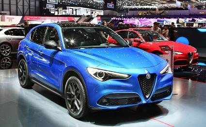 Alfa Romeo Stelvio al Motor Show di Bologna 2017: grande attesa per il suv della Casa del Biscione