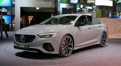 Opel Insignia GSi: caratteristiche tecniche, motori e prezzi
