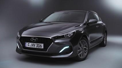 Nuova Hyundai i30 Fastback: caratteristiche tecniche, motori e prezzi
