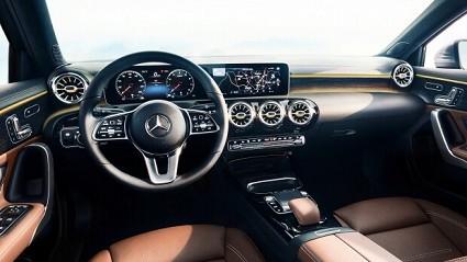 Nuova Mercedes Classe A 2018 con MBUX tra innovazione tecnologica e intelligenza artificiale