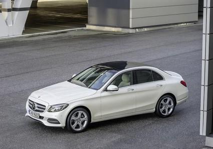 Nuova Mercedes Classe C200 con turbo 1.5 EQ Boost: novit?á, prestazioni e prezzi