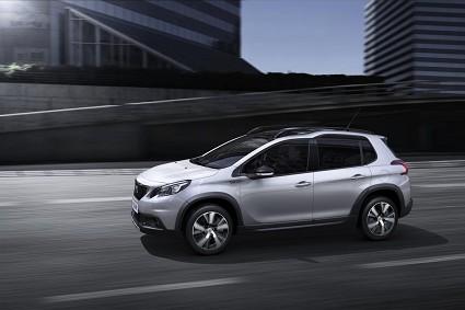 Peugeot 2008 con 1.5 diesel BlueHDi e EAT6: novità e cosa cambia