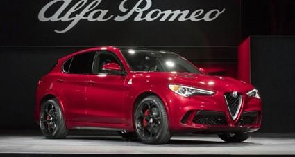 Alfa Romeo Stelvio Quadrifoglio: premio suv dell'anno