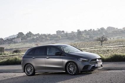 Nuova Mercedes Classe B: nuove dotazioni e nuovi motori
