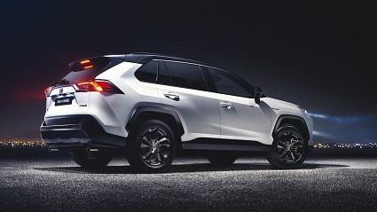 Nuova Toyota Rav 4 2019 al via gli ordini: listino prezzi ufficiale