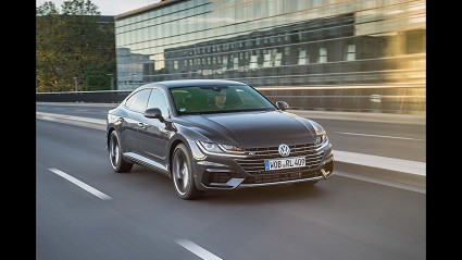 Nuova Volkswagen Passat 2019: motori e dotazioni al top