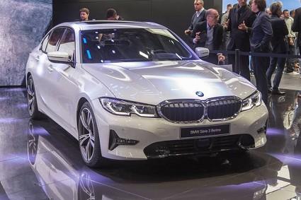 Nuova Bmw Serie 3 sul mercato: motori e dotazioni