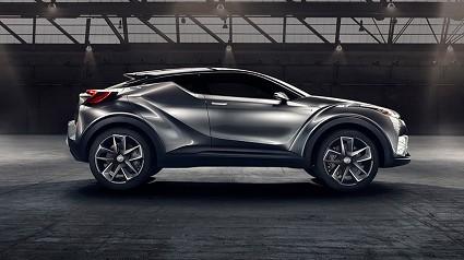 Nuova Toyota C-HR ibrida: nuovo look e motori migliorati. Al via le vendite