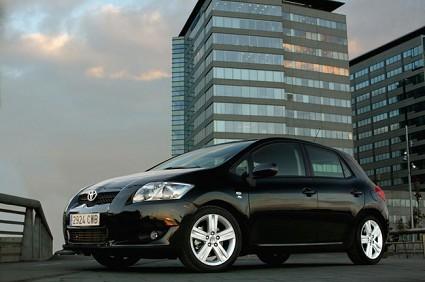 La migliore auto di classe media? Toyota Auris secondo i test di Auto Build.