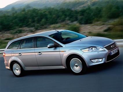 Nuova Ford Mondeo Station Wagon: tecnologia all?ÇÖavanguardia. Versioni benzina e diesel con cambio a 6 marce. Prezzo di vendita 21.500 euro.