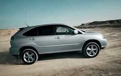 Lexus RX 400H: il primo SUV ibrido con ben 2 motori elettrici di cui uno per le situazioni estreme