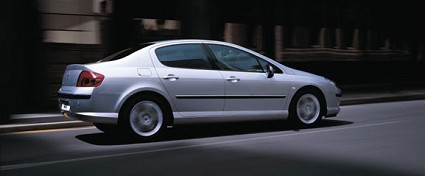 Nuove Peugeot 407: berlina, station wagon e coup?? con nuovi allestimenti interni ed esterni Confort Pack, Premium, Premium Pack e F??line e rinnovate dotazioni di serie