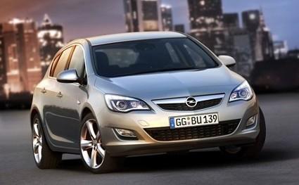 Nuove Opel Astra 2010 e Opel Ampera elettrica: le novit?á ambientaliste del Salone di Francoforte 2009. Caratteristiche tecniche e motori