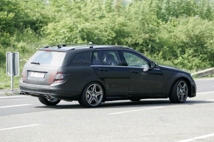 Mercedes Classe C Station Wagon: prime foto. Presto in vendita?