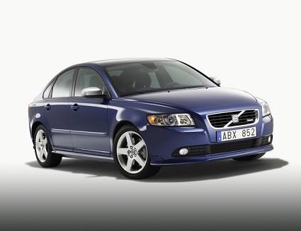 Volvo C30, S40 e V50 sportive con l?ÇÖallestimento R-Design con modifiche sia per gli interni che per gli esterni