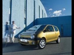 Nuova Renault Twingo: auto da citt?á con dimensioni maggiori e diverse nuove funzioni