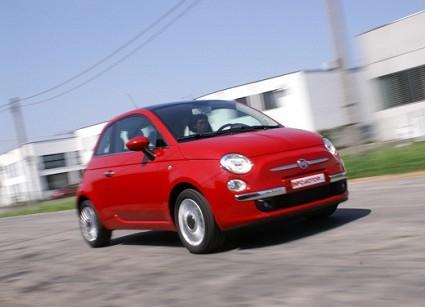 Prova su strada della nuova Fiat 500. Ecco le prime sensazioni del test-drive.